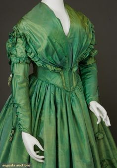 Green changeable silk dress (1840s) from the Tasha Tudor Historic Costume Collection