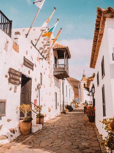 Tenerife, Canary Islands Fuerteventura, Spain Travel, Travel Europe, Reisen In Europa, Island Beach, European Travel, Beautiful World, Travel Destinations