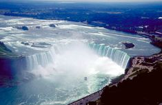 Photograhy Pictures of Niagra falls - Bing Images Oh The Places You'll Go, Places To Travel, Places To Visit, Travel Destinations, Tourist Spots, Vacation Spots, Las Vegas, Beautiful Waterfalls, Fall Photos