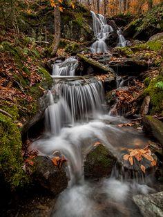 Devils Gulch Falls, Vermont, USA