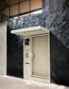 Casa CorMAnca. Location: Ciudad de México, DF, México; architects: PAUL CREMOUX studio; photographs: Héctor Armando Herrera; year: 2013