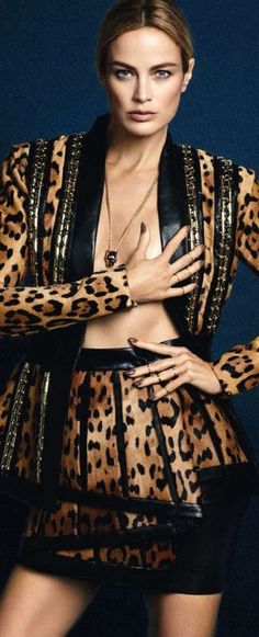 la modella mafia Carolyn Murphy x S Moda November 2014 photographed by David Roemer 1 Carolyn Murphy, Luisa Beccaria, Leopard Fashion, Antonio Berardi, Fashion Prints, Fashion Design, Mode Editorials, High Fashion, Womens Fashion
