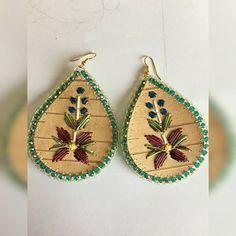 Beadwork, Beading, Birch Bark Crafts, Native American Animals, Beaded Earrings, Drop Earrings, Beaded Moccasins, Art Necklaces, Crotchet