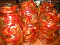 Reteta culinara Gogosari in sos din categoria Conserve. Cum sa faci Gogosari in sos Yummy Food, Tasty, Jar, Vegetables, Recipes, Canning, Recipe, Salads, Delicious Food