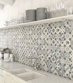 Top 15 Patchwork Tile Backsplash Designs for Kitchen 2019 white-blue-patchwork-backsplash-world-parks-vives.jpg The post Top 15 Patchwork Tile Backsplash Designs for Kitchen 2019 appeared first on Quilt Decor. Patchwork Kitchen, Patchwork Tiles, Patchwork Baby, Patchwork Jeans, Patchwork Pillow, Patchwork Patterns, Küchen Design, Tile Design, Design Ideas