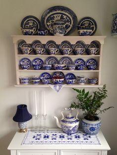 Blue Willow in my Breakfast Room