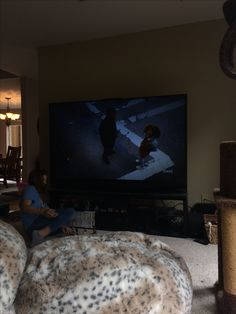 At a friends house watching Annie