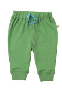 These lovely organic trousers have innovative fleece lined knee patches which offer extra reinforcement to protect those delicate little knees.   Stretchy rib cuffs and an elasticated waist with adjustable drawcord make them extra comfortable.   A must as soon as your little one is on the go - although we can't promise that you will be able to keep up! Also snug, warm and stylish for those soon to-be crawlers!  New season colour is Field cost £17.99 last season colour is Lichen cost £13.99…