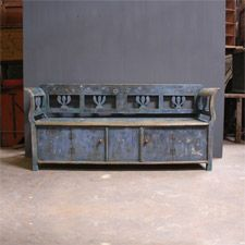 This is not a box bench but does have storage
