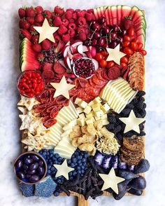 4th of July Charcuterie 4th Of July Desserts, Fourth Of July Food, 4th Of July Celebration, 4th Of July Party, 4th Of July Ideas, July 4th Appetizers, Charcuterie Recipes, Charcuterie And Cheese Board, Charcuterie Platter