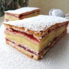 Meggyes-vaníliás süti 🥧 Hungarian Desserts, Hungarian Recipes, Sweet Recipes, Cake Recipes, Dessert Recipes, Dessert Drinks, Summer Desserts, Sweet And Salty, Keto Snacks