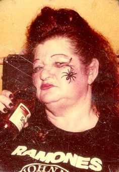 scarylarry:  opalescentluminescent:  Edith Massey: Egg Lady, Dreamlander and superstar!!!  Don't forget queen of punk mothafucka  Bad bitches dont cry