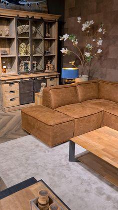 Living Room Designs, Living Spaces, Corner Sofa Design, Oak Furniture Land, Living Room Lighting, Sofa Set, Luxury Living, Home Decor Inspiration, House Design
