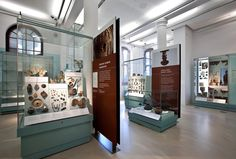 ClickNetherfield Museum Showcases > Case studies > By Case