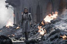 Will Arya Stark kill Daenerys Targaryen in the Game of Thrones series finale? Game Of Thrones Series, Game Of Thrones Facts, Game Of Thrones Quotes, Game Of Thrones Funny, Arya Stark, Rose Leslie, Jaime Lannister, Cameron Boyce, Lena Headey