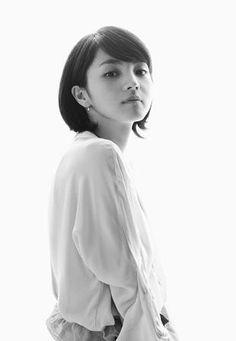 Asian Celebrities, Japanese Beauty, Idol, Ruffle Blouse, Actresses, Portrait, People, Women, Hikari
