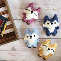 Mesmerizing Crochet an Amigurumi Rabbit Ideas. Lovely Crochet an Amigurumi Rabbit Ideas. Crochet Mignon, Crochet Fox, Crochet Patterns Amigurumi, Crochet Gifts, Cute Crochet, Crochet Dolls, Crochet Yarn, Quick Crochet, Crochet For Kids