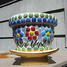 Mosaic Bottles, Mosaic Vase, Mosaic Tile Art, Mosaic Artwork, Mosaic Diy, Mosaic Crafts, Pebble Mosaic, Flower Pot Art, Mosaic Flower Pots