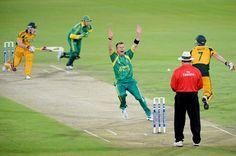 Cricket. BelAfrique - Your Personal Travel Planner - www.belafrique.co.za