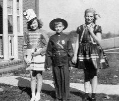 VTG 1940's Photo Snapshot Halloween Kids Cop Pirate Majorette All dressed Up