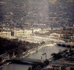Blick vom Eiffelturm auf den Place de la Concorde in Paris, 1967 Juergen/Timeline Images #60s #1960s #60er #Frankreich #Seine