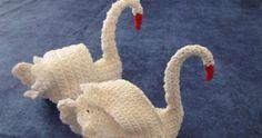 Free Crochet Pattern Crochet Swan by * Purple