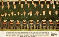 Kevin de Klerk Johan Strauss Gazella 1972 c South African Rugby, International Rugby, British Army Uniform, Rugby Players, My Childhood Memories, Group Photos, Real Men, Sport, Van