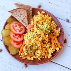 Болтунья из тофу - интересный вариант питательного, вкусного и по-настоящему полезного завтрака! | vegelicacy.com