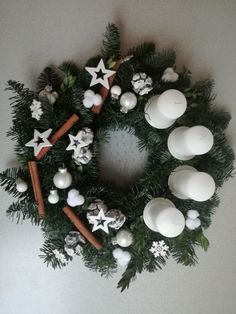 Here are 16 awesome ideas for diy Christmas decorations. Some of the material I got from a dollar tree store. Christmas Diy, Christmas Wreaths, Christmas Decorations, Xmas, Christmas Ornaments, Holiday Decor, Diy And Crafts, Arts And Crafts, Advent Wreath