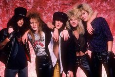 Slash, Axl Rose, Izzy Stradlin, Steven Adler, Duff McKagan