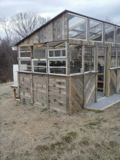 $300 Reclaimed Pallet Greenhouse Build