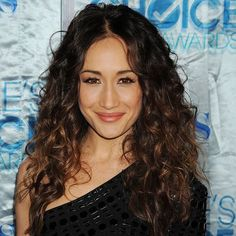 How to Get Maggie Q's Cool-Girl Curls