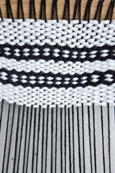 Oval Draft Pattern | The Weaving Loom