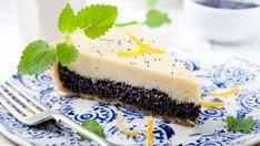 Nepečený makový cheesecake s citrónovou kôrou | Recepty.sk Pavlova, Sweet Desserts, Snack, Cakes And More, Pina Colada, Muffins, Grilling, Recipies, Cheesecake