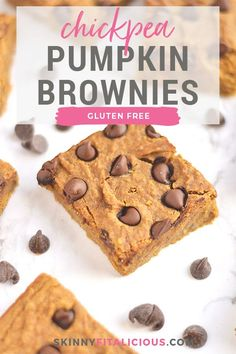 Chickpea Pumpkin Chocolate Protein Bars packed with protein & taste like pumpkin pie! Made with garbanzo beans, these ultra creamy bars are an easy blend & bake snack anyone will love. Healthy Protein Bars, Chocolate Protein Bars, Healthy Low Calorie Meals, Low Calorie Desserts, Protein Desserts, Low Calorie Recipes, Healthy Deserts, High Protein, No Bake Snacks