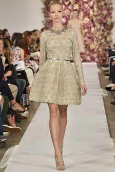 Oscar de la Renta Spring/Summer 2015 ready-to-wear #NYFW