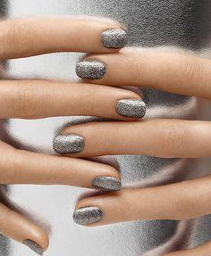Shining in silver #nailart #nails #nailpolish #glitter