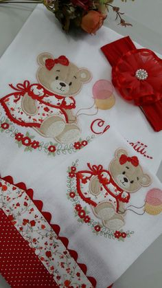 Embroidery Designs Free Download, Free Machine Embroidery Designs, Applique Quilt Patterns, Applique Designs, Crochet Dress Girl, Baby Sheets, Baby Embroidery, Baby Burp Cloths, Quilting