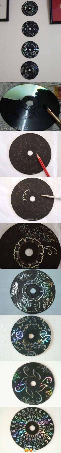 CDs pintados a los que después se les raspa parte de la pintura para lograr bonitos diseños.