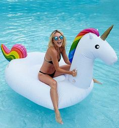 Age Range: > 8 years old Type: Pool Design: Large Outdoor Inflatable Recreation Material: PVC color: as the picture size: 200cm type: pool float,pool inflatable toys weight: 1.3kg