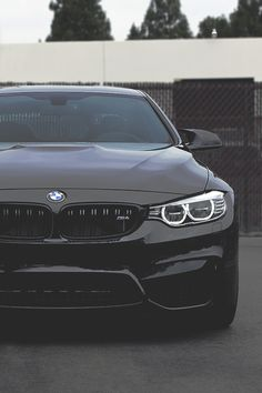 johnny-escobar: M4 | JE,,nice ride now let me use for the day ? Lol ,,please
