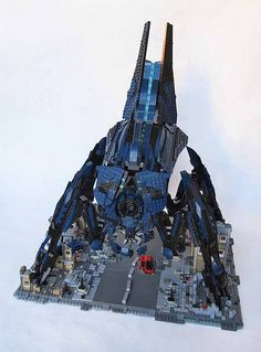 Mass Effect Reaper made from Legos