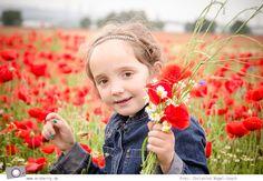 Kinderfotos sind eine tolle bleibende Erinnerung. Doch dafür müsst ihr nicht unbedingt zum Profifotografen. Damit ihr tolle Schnappschüsse für's Fotoalbum selbst hinbekommt, habe ich ein paar Tipps für schöne Kinderfotos für euch zusammengefasst.  http://mrsberry.de/17544/kinderfotografie-7-tipps/  #Kinderfotografie   #Kinderfotos   #Fotografie   #Fototipps