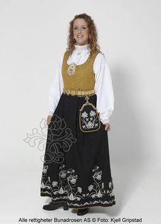 Follobunad til dame - BunadRosen AS Fashion, Moda, Fashion Styles, Fasion