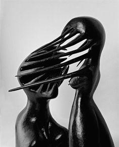 Escultura de Maria Martins (Foto: Vicente de Mello / Cosac Naify )