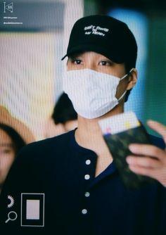 160825 Kai @ Shenzhen Airport Cr: K88