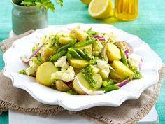 Kartoffelsalat-Rezepte von klassisch bis mediterran - blumenkohl-kartoffelsalat  Rezept
