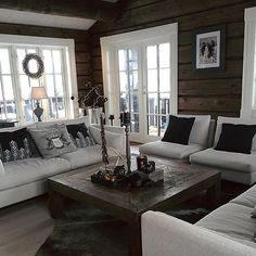 Sisustus Today there was a small change in the living room 😉 # cottage # Slettvoll Log Cabin Homes, Cottage Homes, Cottage Living, Log Homes Exterior, Log Home Interiors, Living Room Designs, Interior Design, House, Home Decor