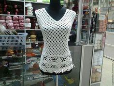 Купить или заказать Блузка крючком Ажурная в интернет-магазине на Ярмарке Мастеров. Великолепная, ажурная блузка на лето. Подойдет каждой женщине, девушке на любой случай. Связана крючком вискозной ниткой. Возможно исполнение из других ниток.