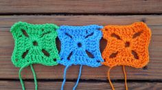 join as you go crochet squares, crochetbug, jayg, jaygo, granny squares, green, blue, orange, verde, azul, naranja, azure